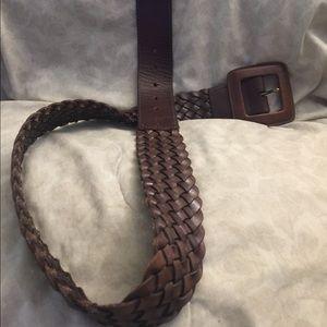 Banana Republic brown leather medium size belt